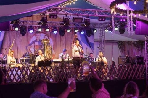 Kai Behrendt Oktoberfest Schwerin Online Res - 051 - 08351
