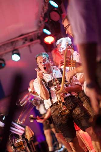 Kai Behrendt Oktoberfest Schwerin Online Res - 107 - 09158