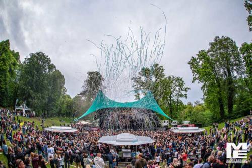 Und draußen tanzt der Bär OA - Freilichtbühne Schwerin
